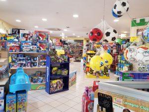Negozio giocattoli a Ladispoli